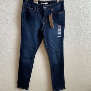 NWT Levi's 711 Skinny jeans 8 short dark wash